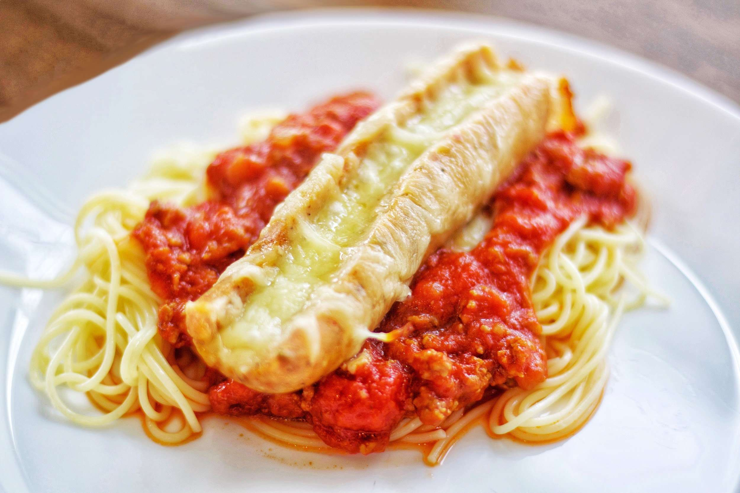 Mozzarella-Stuffed Italian Chicken Sausage